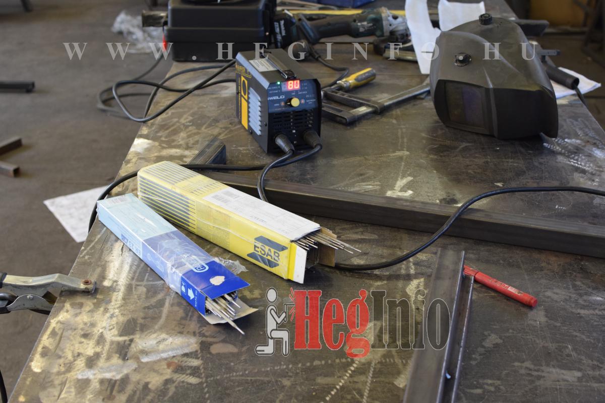 Bevontelektródás hegesztés Esab és Er23 elektródával hegesztő elektróda teszt