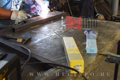 Bevontelektródás hegesztés Esab és Er23 elektródával hegesztő elektróda teszt 7